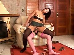 Shemale fucks girl pussy