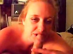 Chubby mature amateur blowjob video