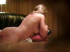 Fucking my blond GF on camera