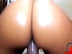 Big Booty Creamy Pussy