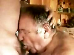 A younger men sucking older mature men