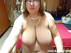 huge tit mature with a nice huge anus