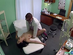 Elis in Doctor prescribes orgasms to help patients pain relief - FakeHospital