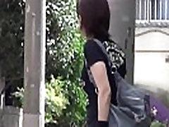 Japanese ho wets panties
