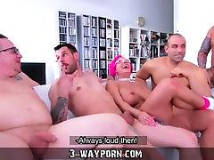 3-Way Porn - Busty Milf in Gang Banging DP