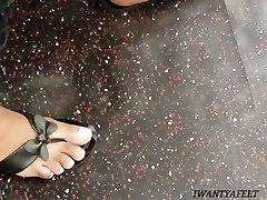 Candid ebony feet 2
