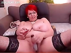 Mature huge boobs redhair BBW toying on cam