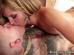 Fabulous pornstars Mona Wales, Serena Blair, Sovereign Syre in Exotic amateur wie sex xxx scene