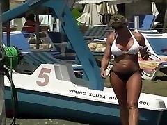 Candid Milf Bikini with The Milfiest Body that Ever Milfed