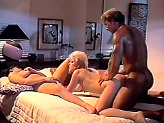 Sexy vintage threesome with blonde and brunette