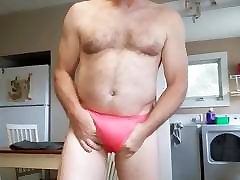 Mike Muters showing new pantys