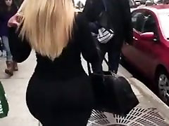 Thick Chick in all Black
