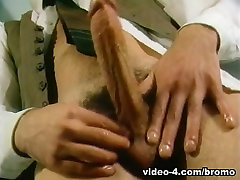 Art Williams & Kevin Gladstone in The Golden Age Of Gay Porn - Black Orient Express Scene 3 - Bromo