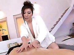Japanese babe Tina Yuzuki hardcore