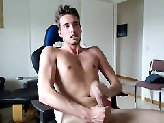 Gay twinks love asshole pumping