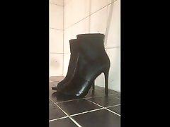 piss on teen sexy high heels with precum