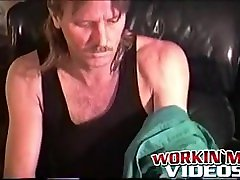 Mature dude knows how to jack it off like a real porn star