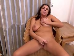 Home alone mature mom with nice tits and ass