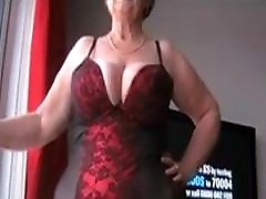 Big tit mature plays in the snow