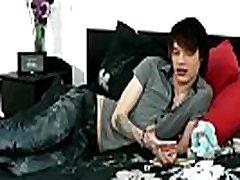 Videos emo boy gay porno gratis Hot emo youngster Lewis Romeo gets