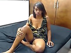 Ebony Lady Entised Her Boyfriend who was at work on facetime - Sign Up Freely On www.slutscam.tk For More HD Porn