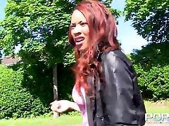 Ebony Milf Pissing In Public