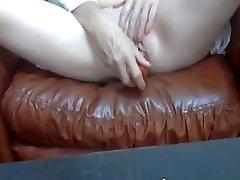 Amateur Mature Masturbation with dildo