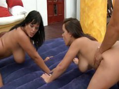 Jasmine Black and Liza del Sierra fucking