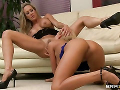 Babe Nicole Graves licks out Brandi Loves pussy