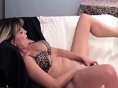 Nasty mature slut gets horny dildo part1