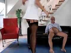 Longhaired UK doll humping shaft like an elite hooker