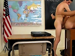 Sexy gay Gorgeous teacher Cameron Kincade gets a highly sedu