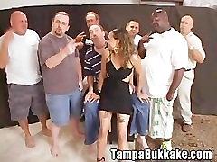 Tight Latina Spinner Getting a Bukkake
