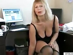 Housewife fingering her mature pussy