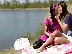 Outdoor lesbian encounter