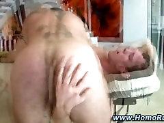 Watch this horny gay bear seduce straighty