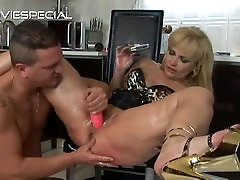 Mature MILF gets asshole fucked part1