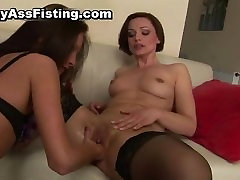 Lesbian slut gets her tight pussy fisted part2
