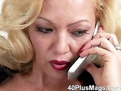 Blonde Rose pleases herself