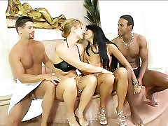 Best Friends And A Little Bit More - Scene 3