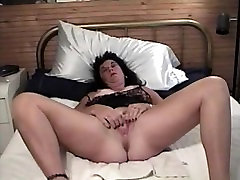 Dawn Mature Pussy Show
