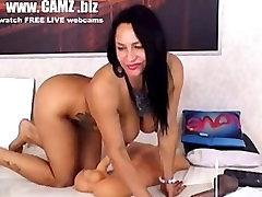 48 milf in webcam fucks her holes with toys Sex Toys
