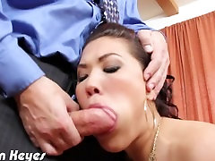 Brunette London Keyes blowjob a big dick