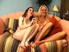 Lesbian SmotheringFacesitting - Under My Pussy