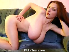 Big Boobs Bouncing Preview Video