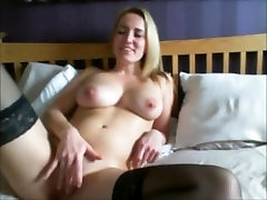 Big Tits Mom goes wild on Skype