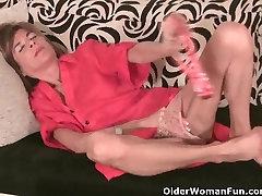 Petite granny masturbates her skinny pussy