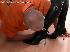 Dirty pathetic slave licks cream off two leather clad tow leon boots
