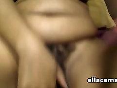 Wet Ebony webcam BBW spreads and plays with a big toy