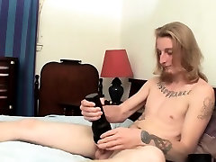 Kenneth gives a great show in this long cock stroking solo